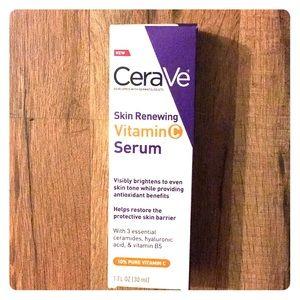CeraVe Vitamin C Serum with Hyaluronic Acid 1 oz